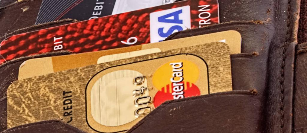 Die beste Bank für Startups in Berlin gibt Startups Kreditkarten
